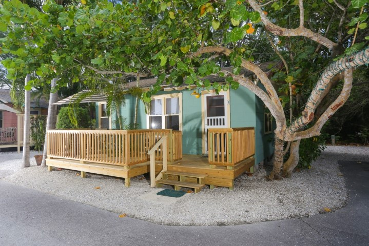 Rolling Waves Longboat Key Florida Beach Cottage For